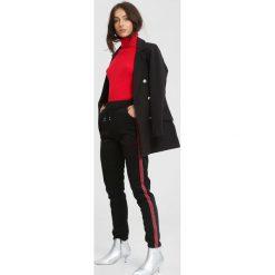 Czarno-Czerwone Spodnie Dresowe Adult Tree. Czarne spodnie dresowe damskie marki other, xl, z dresówki. Za 49,99 zł.