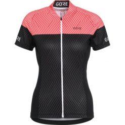 Gore Wear OPTILINE  Tshirt z nadrukiem black/coral glow. Czarne topy sportowe damskie Gore Wear, z nadrukiem, z materiału. Za 339,00 zł.