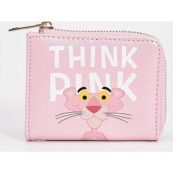 Portfele damskie: Portfel z aplikacją pink panther – Różowy