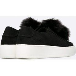 Steve Madden - Buty. Szare buty sportowe damskie marki adidas Originals, z gumy. W wyprzedaży za 219,90 zł.