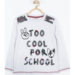 Koszulka. Szare t-shirty chłopięce z długim rękawem ROCK U, z aplikacjami, z bawełny. Za 49,90 zł.