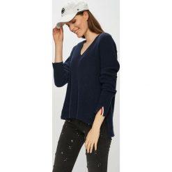 Tommy Jeans - Sweter. Czarne swetry klasyczne damskie Tommy Jeans, m, z bawełny. Za 399,90 zł.