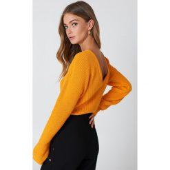 Swetry damskie: NA-KD Sweter z dzianiny z dekoltem V – Orange