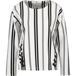 Bluzki asymetryczne: Karen by Simonsen MATRIX Bluzka z długim rękawem white