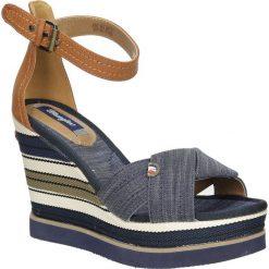 Sandały na koturnie Wrangler Kelly Sunshine WL171662. Szare sandały damskie Wrangler, na koturnie. Za 208,99 zł.