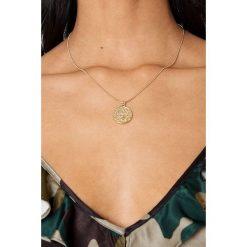 Naszyjniki damskie: NA-KD Accessories Naszyjnik Scorpio - Gold