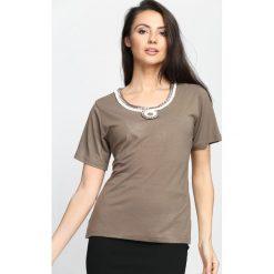 Brązowy T-shirt Swash. Brązowe bluzki damskie Born2be, l. Za 14,99 zł.