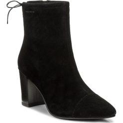 Botki VAGABOND - Saida 4418-040-20 Black. Czarne buty zimowe damskie marki Vagabond, z materiału. W wyprzedaży za 329,00 zł.
