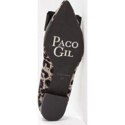 Paco Gil PARKER Baleriny mila/black. Czarne baleriny damskie lakierowane Paco Gil, z materiału. W wyprzedaży za 439,20 zł.