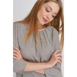Bluzki damskie: Wzorzysta bluzka z zakładkami