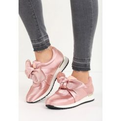 Różowe Buty Sportowe Runaway. Czerwone buty sportowe damskie Born2be, z satyny. Za 39,99 zł.