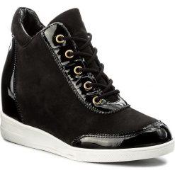 Sneakersy KAZAR - Erica 30426-25-00 Czarny. Czarne sneakersy damskie Kazar, z lakierowanej skóry. W wyprzedaży za 369,00 zł.