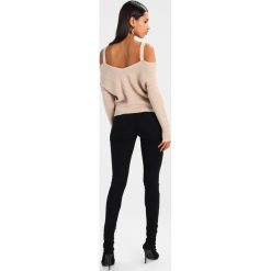 Noisy May NMLUCY Jeans Skinny Fit black. Czarne rurki damskie Noisy May. Za 129,00 zł.
