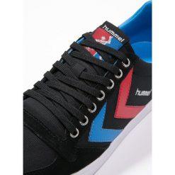 Hummel SLIMMER STADIL Tenisówki i Trampki black/blue/red. Czarne tenisówki damskie marki Hummel, z materiału. Za 249,00 zł.
