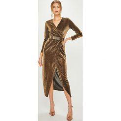 Answear - Sukienka Night Fever. Szare długie sukienki ANSWEAR, m, z dzianiny, eleganckie, z długim rękawem, dopasowane. Za 189,90 zł.