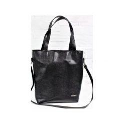 Skórzana Shopper Verona Black Snake. Czarne shopper bag damskie Fabiola, w paski, ze skóry, duże. Za 275,00 zł.