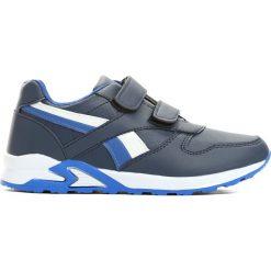 Granatowe Buty Sportowe Team Leader. Białe buty sportowe chłopięce Born2be, z okrągłym noskiem, na płaskiej podeszwie, na rzepy. Za 59,99 zł.
