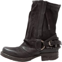 A.S.98 Kowbojki i obuwie motocyklowe nero. Czarne buty zimowe damskie marki A.S.98, z materiału. Za 1029,00 zł.