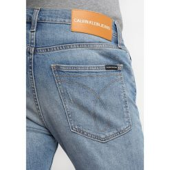 Calvin Klein Jeans 016 SKINNY FIT Jeans Skinny Fit vienna blue. Niebieskie rurki męskie Calvin Klein Jeans, z bawełny. Za 509,00 zł.