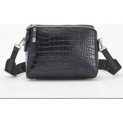 Torebka z krokodylą teksturą - Czarny. Czarne torebki klasyczne damskie Reserved. Za 119,99 zł.