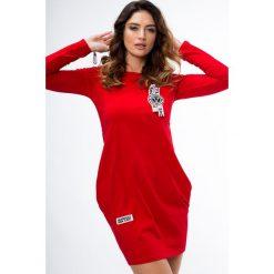 Sukienki: Sukienka z lampasami czerwona 3659