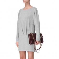 Sukienka w kolorze szarym. Szare sukienki mini marki BOHOBOCO, z okrągłym kołnierzem, proste. W wyprzedaży za 689,95 zł.
