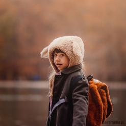 Czapka bonetka Owca. Brązowe czapki zimowe damskie Pakamera, z bawełny. Za 98,00 zł.