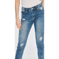 Answear - Jeansy Boho Bandit. Niebieskie boyfriendy damskie marki ANSWEAR. W wyprzedaży za 79,90 zł.