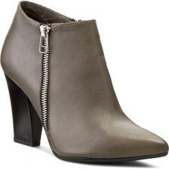 Botki OLEKSY - 241/452 Brązowy. Szare buty zimowe damskie marki Oleksy, ze skóry. W wyprzedaży za 239,00 zł.