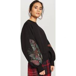 Bluzy rozpinane damskie: Bluza z szerokimi rękawami - Czarny