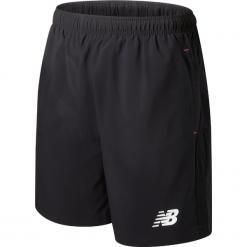 Spodenki treningowe - MS732030BK. Czarne spodenki sportowe męskie marki New Balance, z materiału, sportowe. W wyprzedaży za 149,99 zł.
