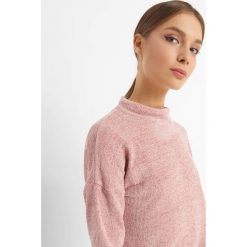 Lekki sweter z półgolfem. Brązowe swetry klasyczne damskie marki Orsay, m, z dzianiny, z golfem. W wyprzedaży za 55,00 zł.