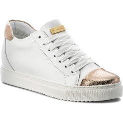 Sneakersy EVA MINGE - Novelda 3J 18BD1372374ES 102. Białe sneakersy damskie marki Eva Minge, z materiału. W wyprzedaży za 239,00 zł.