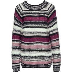 Sweter z fantazyjnej przędzy bonprix szaro-jasnoróżowy. Czerwone swetry klasyczne damskie bonprix. Za 99,99 zł.