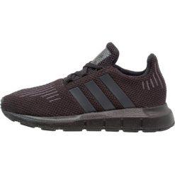 Adidas Originals SWIFT RUN SCHUH Tenisówki i Trampki core black/utility black. Czarne tenisówki męskie marki adidas Originals, z materiału. Za 249,00 zł.