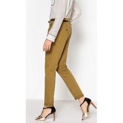 Spodnie chino slim. Szare chinosy damskie marki La Redoute Collections, m, z bawełny, z kapturem. Za 95,72 zł.