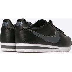 Nike Sportswear - Buty Classic Cortez Leather. Czarne halówki męskie Nike Sportswear, z materiału. W wyprzedaży za 349,90 zł.