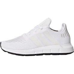 Adidas Originals SWIFT RUN SCHUH Tenisówki i Trampki white. Białe tenisówki męskie marki adidas Originals, z materiału. Za 249,00 zł.