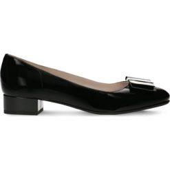 Czółenka MIHO. Czarne buty ślubne damskie Gino Rossi, z lakierowanej skóry. Za 289,90 zł.