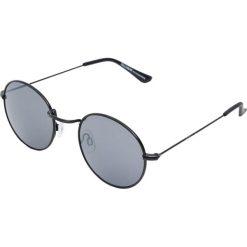 Okrągłe okulary przeciwsłoneczne w stylu retro. Szare okulary przeciwsłoneczne męskie aviatory Pull&Bear, okrągłe. Za 49,90 zł.