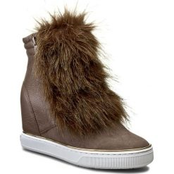 Botki GUESS - Fanny FLFAN4 FUR10 BROWN. Czarne buty zimowe damskie marki Guess, z materiału. W wyprzedaży za 449,00 zł.
