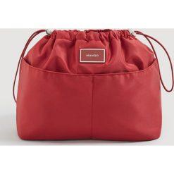 Mango - Torebka Lole. Czerwone torebki klasyczne damskie Mango, z materiału, średnie. Za 49,90 zł.