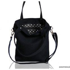 Czarna torebka materiałowa na ramię A4. Czarne torebki klasyczne damskie Pakamera, z materiału. Za 189,00 zł.