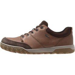 Ecco URBAN LIFESTYLE Obuwie hikingowe brown. Brązowe buty sportowe męskie ecco, z materiału, outdoorowe. Za 669,00 zł.