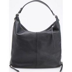 Skórzana torebka typu hobo - Czarny. Czarne torebki klasyczne damskie Reserved. Za 599,99 zł.