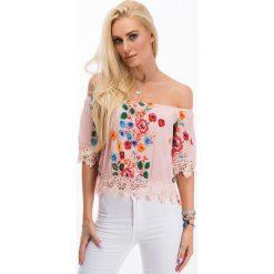 Jasnoróżowa bluzka w kwiaty TA8459. Szare bralety Fasardi, l, w kwiaty. Za 47,20 zł.