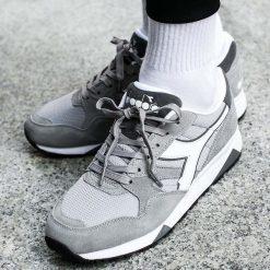 Buty Diadora N902 S (173290-750). Szare buty skate męskie Diadora, z materiału. Za 279,99 zł.