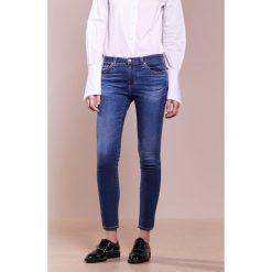 AG Jeans ANKLE Jeans Skinny Fit blue. Niebieskie jeansy damskie marki AG Jeans, z bawełny. W wyprzedaży za 967,20 zł.