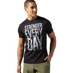 Reebok Koszulka męska Stronger Everyday Graphic Tee czarna r. XL (AX8216). Pomarańczowe koszulki sportowe męskie marki Reebok, z dzianiny, sportowe. Za 100,97 zł.