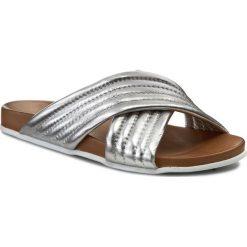 Chodaki damskie: Klapki INUOVO - 6076 Silver